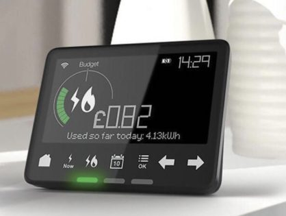 how do smart meters communicate